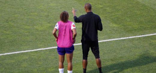 Entrenador de fútbol F7 y F11
