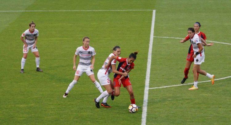 Torneos de fútbol femenino, partido de F11